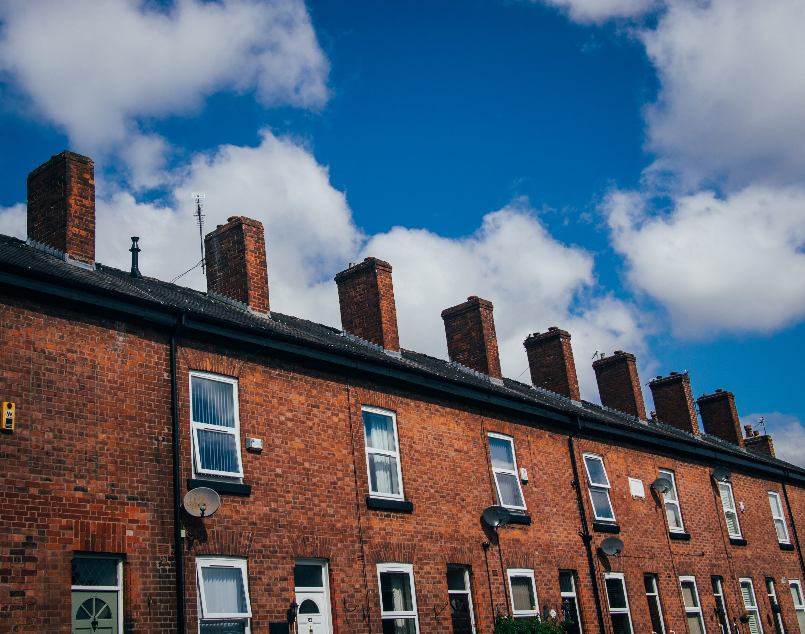 Why are UK households calling for an urgent retrofit strategy?